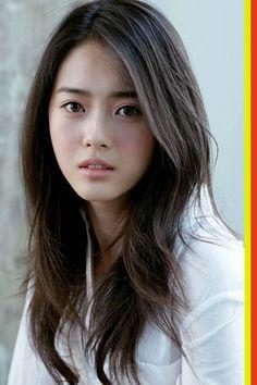 Korean Celebrities Hairstyles for Women - Best Easy Hairstyles - Korean Celebrities Hairstyles for Women - Go Ara, Beautiful Asian Women, Beautiful Celebrities, Korean Celebrities, Celebrity Hairstyles, Hairstyles Haircuts, Korean Beauty, Asian Beauty, Layered Haircuts