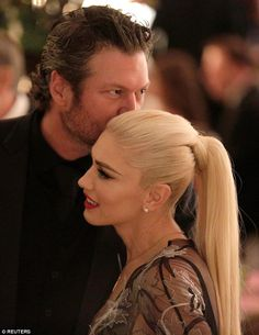 Gwen Stefani & Blake Shelton at the White House. - Gwen Stefani & Blake Shelton at the White House State Dinner, Oct. Gwen Stefani Mode, Gwen Stefani No Doubt, Gwen Stefani Style, Blake Shelton Gwen Stefani, Blake Shelton And Gwen, Gwen Stefani And Blake, Hugh Jackman, Michelle Obama, Barack Obama