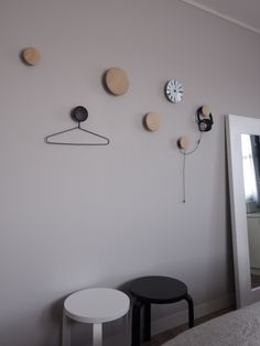 Wall Hooks, Decoration, Kids Room, Dots, Bedroom, Home Decor, White People, Room, Homemade Home Decor