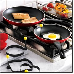 """RED PATTERNED 2-PIECE FRY PAN SET Nonstick aluminum, dishwasher-safe, 8"""" and 10"""" diam. magalog: $29.99"""
