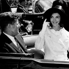 •Just a proud American who's a huge nerd when it comes to history and The Kennedys •*Future First Lady* Kennedy Wife, Caroline Kennedy, Jaqueline Kennedy, Jfk, Nerd, Things To Come, Posts, Future, History