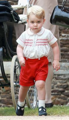 This child is too funny. I love his expressions. Prince George at Princess Charlotte's Christening | Pictures | POPSUGAR Celebrity