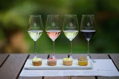 From pizza pairings to crêpe cakes and MCC, here are five ingenious food-and-wine pairings around the Cape. Wine Cupcakes, Cupcake Wine, Cupcake Party, Wine Direct, Wine Country Gift Baskets, Wine Tasting Experience, Wine Brands, Wine Refrigerator, Africa