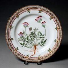 Dish ROYAL DANISH PORCELAIN FACTORY (DANISH, COPENHAGEN, b. 1774–PRESENT) C. 1861-1863