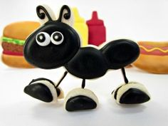 Ant Cookies That Stand up Tutorial! - The Bearfoot Baker