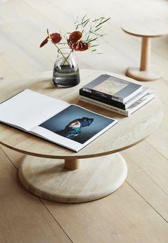 Pon table designed by Jasper Morrison in the Fredericia showroom in Copenhagen