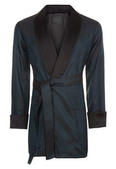Discover the La Perla fit revolution . Shop luxury lingerie, ready-to-wear, nightwear, beachwear and accessories Noblesse, Luxury Lingerie, Mens Fashion, Pure Products, Blazer, Silk, Swimwear, Sweaters, Jackets