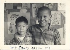 vintage everyday: 32 Rare and Adorable Childhood Photos of President Barack Obama from between the and Early Michelle Obama, First Black President, Mr President, Black Presidents, American Presidents, Joe Biden, Narnia, Durham, Barack Obama Family