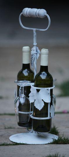 stojan na vínko s degustačnými pohármi 45 €