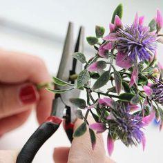 Un #DIY sencillo para hacer este fin de semana: bolígrafos con forma de flor. Compartimos el tutorial en #PuntodeLu! Enlace directo en mi perfil