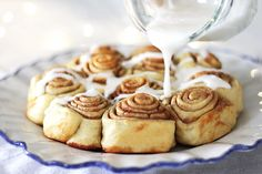 Monday morning has us craving these Simple Vegan Cinnamon Rolls from Made with Vegan Buttery Sticks, this treat will definitely keep your going strong! Vegan Breakfast Recipes, Vegan Desserts, Vegan Recipes, Raw Vegan, Vegan Vegetarian, Vegan Food, Vegan Cinnamon Rolls, Soul Food, Cravings
