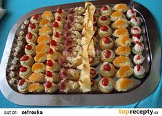 Jednohubky na oslavu recept - TopRecepty.cz Czech Recipes, Hors D'oeuvres, Retro Recipes, Diy Food, Finger Foods, Catering, Waffles, Brunch, Food And Drink