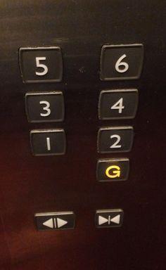 會按錯樓的電梯