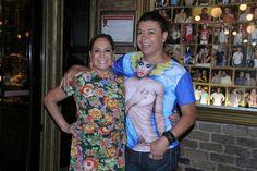 Susana Vieira comemora aniversário da irmã em churrascaria no Rio