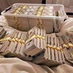 How To Get Money, Make Money Online, Money On My Mind, Dollar Money, Money Pictures, Money Stacks, Rich Money, Gold Money, Rich Lifestyle