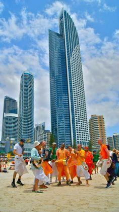 Harinama in Gold Coast's Surfers (sufferers?) Paradise (Album 31 photos)