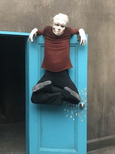 """Meet Twisty Troy, the Nightmarish """"Pretzel Jack"""" from Syfy's """"Channel Zero: The Dream Door"""" - Bloody Disgusting Horror Icons, Horror Films, Got Talent Videos, Horror Villains, Modern Goth, Vampire Series, Pixar Characters, Anthology Series, Time In The World"""
