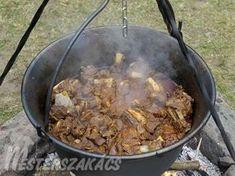 Karcagi birkapörkölt recept Pork, Cooking Recipes, Favorite Recipes, Beef, Cook Books, Meals, Dishes, Foods, Drinks