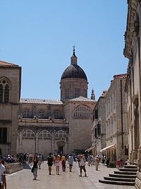 The Cathedral of the Assumption of the Virgin (Velika Gospa) in Dubrovnik is an imposing Baroque cathedral built after the 1667 earthquake. Inside are a number of important paintings (including one by Tatian) and an extensive treasury.