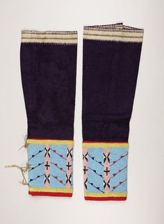 A PAIR OF ASSINIBOINE WOMAN'S BEADED CLOTH LEGGINGS. c. 1890 . | Lot #77285 | Heritage Auctions