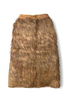 Early Kahu kiwi - kiwi feather cloak, adorned with mature brown