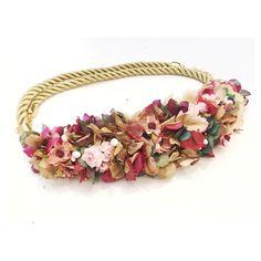 En nuestra web tenéis varios cinturones de flores a la venta. Pero si preferís uno personalizado, escribidnos y decidnos cómo lo queréis! Así lo hizo Araceli y éste fue el resultado! #somostodooidos!