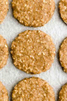 Oatmeal Cookies No Sugar, Peanut Butter Banana Cookies, Healthy Oatmeal Cookies, Peanut Butter Oatmeal, Cookies Soft, Cookies Vegan, Peanut Butter Breakfast, Oatmeal Breakfast Cookies, Breakfast Healthy