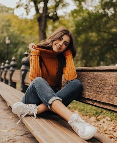 55 Winter Outfits to Shop Now Vol. 2 / 10 55 Winter Outfits to Shop Now Vol. 2 / 10 The post 55 Winter Outfits to Shop Now Vol. 2 / 10 appeared first on Summer Diy. Portrait Photography Poses, Photography Poses Women, Autumn Photography, Fashion Photography, Photography Ideas For Teens, Photography Terms, Photography Outfits, Teenage Girl Photography, Photography Challenge
