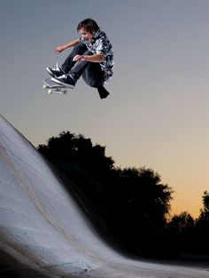 Geoff Rowley doing a frontside flip