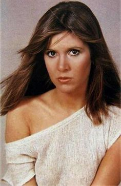 And why Carrie Fisher net worth is so massive? Carrie Fisher net worth is definitely at the very top level among other celebrities, yet why? Star Wars Cast, Leia Star Wars, Star Wars Film, Star Trek, Ally Brooke, Brooke Burke, Carrie Fisher Young, Carrie Frances Fisher, Austin Powers
