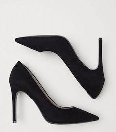 4d791531f75  fashion  styletips  distressedtee  tshirt  crystalearrings  dropearrings   shoes  Blackshoes