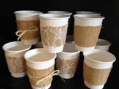 Burlap, Lace, and Twine Paper Cups for a Wedding Shower, Wedding or Baby Shower. Leonard Leonard Martin could paper cups be used? I like this idea :) Otoño Baby Shower, Baby Shower Dresses, Shower Set, Bridal Shower, Shower Ideas, Vintage Theme, Vintage Party, Vasos Vintage, Burlap Baby Showers