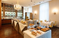 Buffet breakfast in the restaurant with open-view kitchen. Breakfast Buffet, Restaurant Bar, Vienna, Table Settings, Table Decorations, Drinks, Kitchen, Furniture, Food