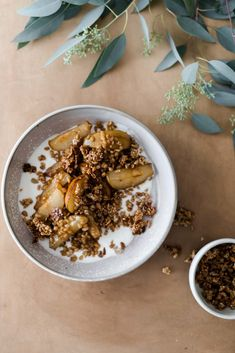 Delicious pan-fried pears tossed with ginger, einkorn, and an easy sunflower crunch. Perfect for breakfast or decadent enough to be dessert. Healthy Vegetarian Breakfast, Autumn Recipes Vegetarian, Savory Breakfast, Sweet Breakfast, Breakfast Dishes, Breakfast Recipes, Breakfast Time, Healthy Snacks, Healthy Eating