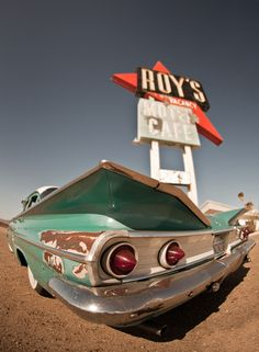 "500px / Photo ""Roy's"" by david bouchat"