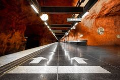 I've GOT to see this: Rinkeby metro station in Stockholm, Sweden by Alexander Dragunov Space Architecture, Amazing Architecture, Architecture Details, Stockholm Metro, Stockholm Sweden, Barcelona, U Bahn, Metro Station, World Cities