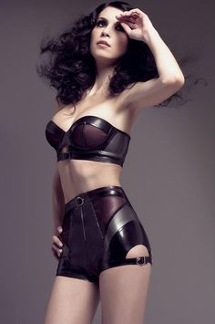 Joy Williams. Personally I'm not a huge fan of the rubber/latex look but this was really aesthetically done.