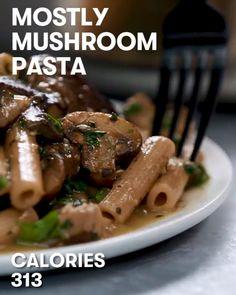 Mostly Mushroom Pasta recipe just 313 Calories 523965737895833222 Veggie Recipes, Dinner Recipes, Cooking Recipes, Healthy Recipes, Tasty Videos, Food Videos, Pasta Recipes Video, Mushroom Pasta, Pasta Recipes Mushroom