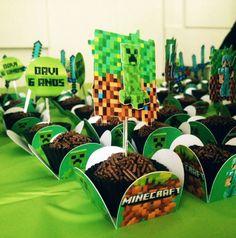 Forminha Minecraft Diy, Crafts, Kids Part, 9 Year Olds, Paper, Tin Cans, Minecraft Crafts, Fiestas, Fotografia