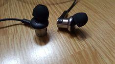 Test des écouteurs Xiaomi Piston 4   La signature sonore en « V » ne plaira pas forcément à tout le monde, mais les Xiaomi Piston 4 sont quand même de très bons écouteurs pour une utilisation quotidienne. On obtient une bonne puissance pour ce prix... #XiaomiPiston4 #Piston 4 #Piston 4