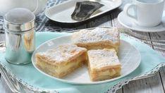 Jablkové rezy s pudingom a piškótami French Toast, Apple, Baking, Breakfast, Food, Basket, Apple Fruit, Morning Coffee, Bakken