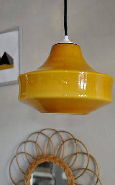 suspension 70's moutarde | EKLEKTIC collection