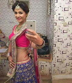 akshara in yeh rishta kya kehlata hai Most Beautiful Bollywood Actress, Beautiful Indian Actress, Beautiful Actresses, Pakistani Dresses, Indian Dresses, Heena Khan, Latest Kurti, Sexy Blouse, Indian Beauty Saree