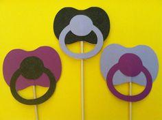 3 Chupetes en una pega apoyos de la foto de bebé por ScrapStarz