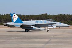 164270_F-18Hornet_USMarineCorps_KNBC