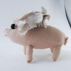 Flying Pig ORIG 33. $27.00 * cloth & thread