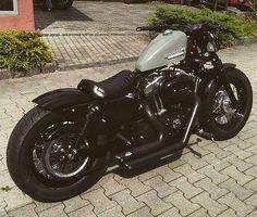 Bobber Solo Sitz Crazy Boom V4 M Custom Chopper Harley Softail