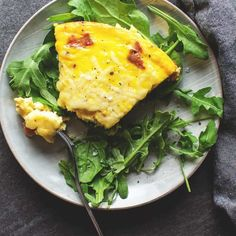 Keto Frittata with Sausage is a savory, full of flavor breakfast sure to get your morning started right! Perfect for your busy keto lifestyle with its easy meal prep time! This low carb, baked, sausage recipe has everything you need to get your day going! Low Carb Soup Recipes, Quiche Recipes, Healthy Recipes, Diet Recipes, Dessert Recipes, Bacon Recipes, Healthy Foods, Frittata, Keto Quiche