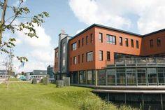 Project: Nic. Oud Direct Mail, Heerhugowaard (NL). Productiehal: Klimaatstraat. Kantoren: Caloris®WRF. Bedrijfsrestaurant: Caloris®WRF.