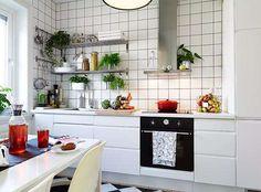 Conheça todos os truques para decorar uma cozinha pequena